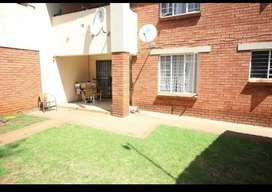 3 Bed Townhouse to rent in centurion