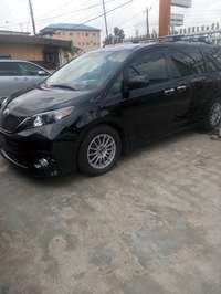 Tokunbo 2015 Toyota Sienna Up 4Grabs For Good Rates 0