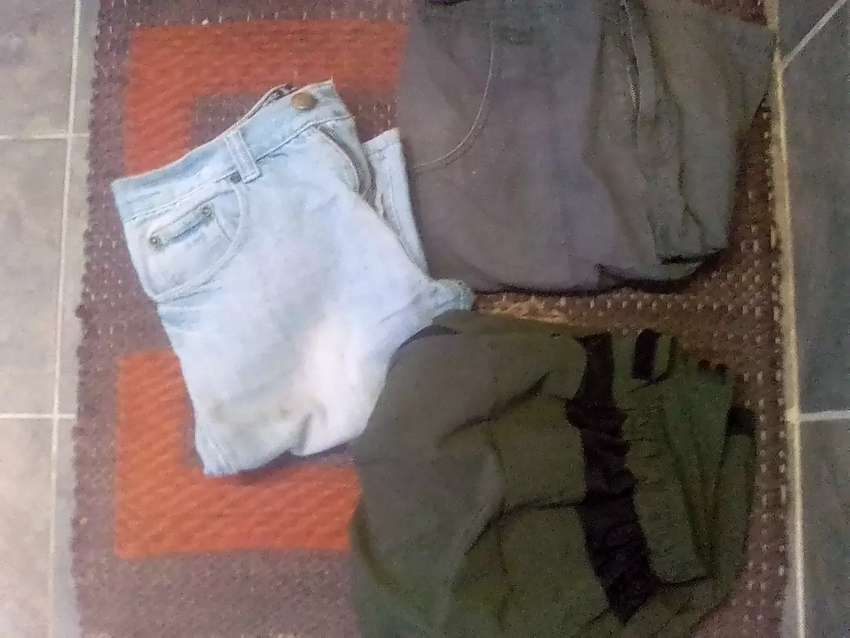 Sort pants for sale R50 each xxl large and size 30