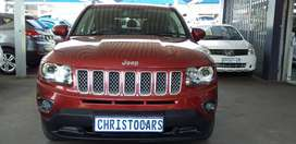 2014 model Jeep Compass limited vvt Automatic petrol 2.0 ENGING capaci