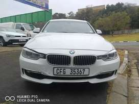 2013 BMW 320i F30 Automatic with leather seats