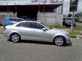 Mercedes Benz C200 Automatic for sale