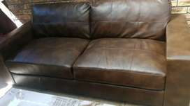 Couch black