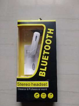 Bluetooth stereo headset for sale R150