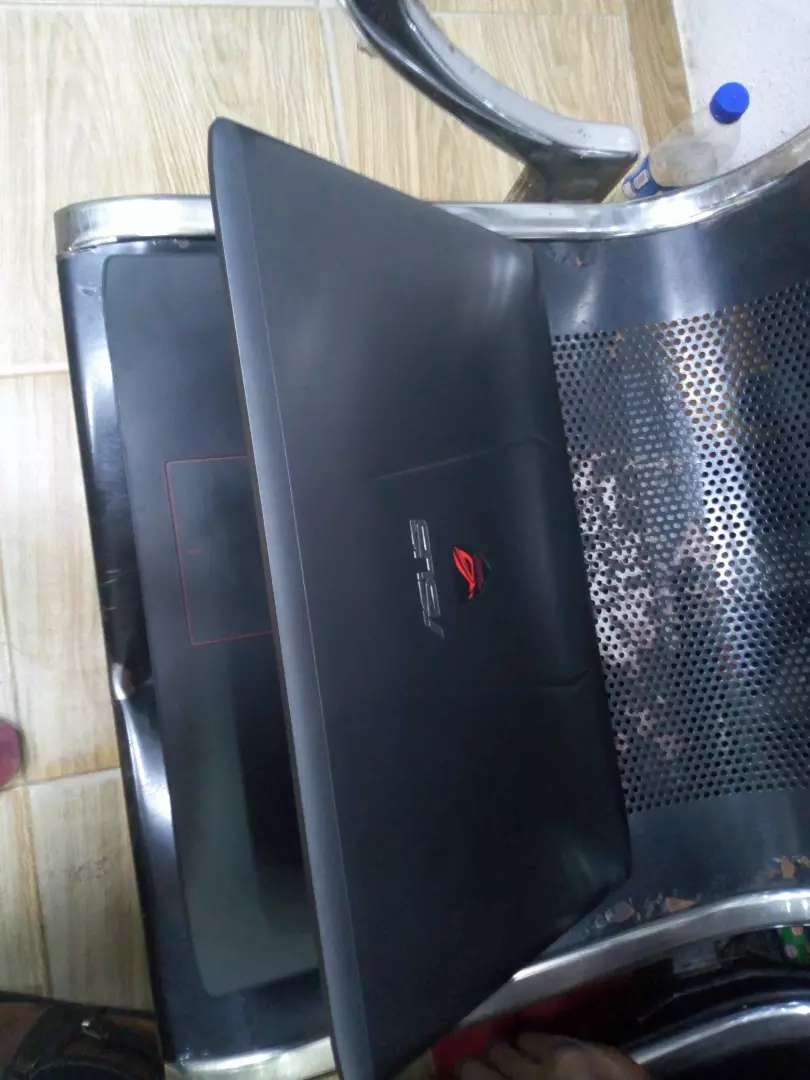 UK used Asus laptop for sale 0