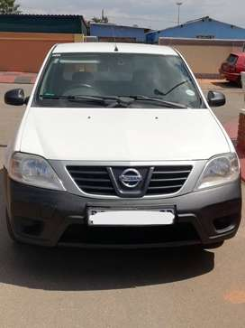 Nissan NP200 DCI 1.5 A/C Safety Pack