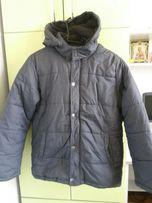Продам куртку демисезонную 13-14 лет