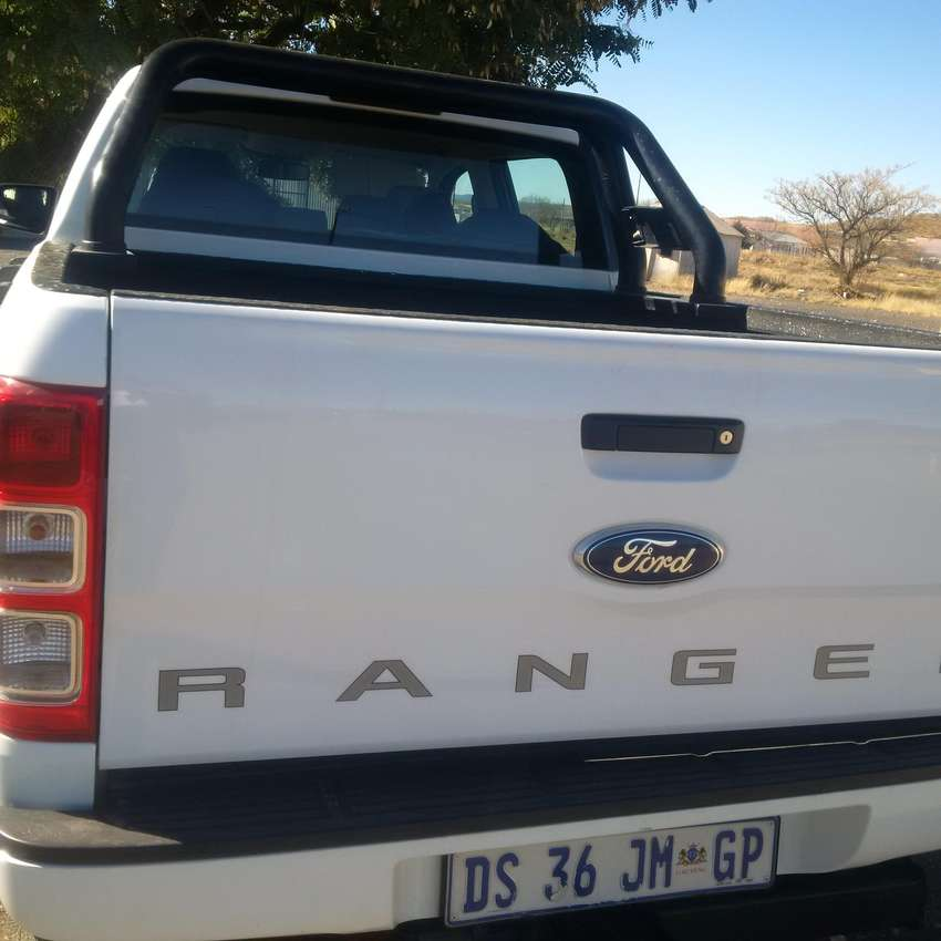 Ford Ranger Double Cab 2.2 4X4 XLS Diesel 6AMT 0