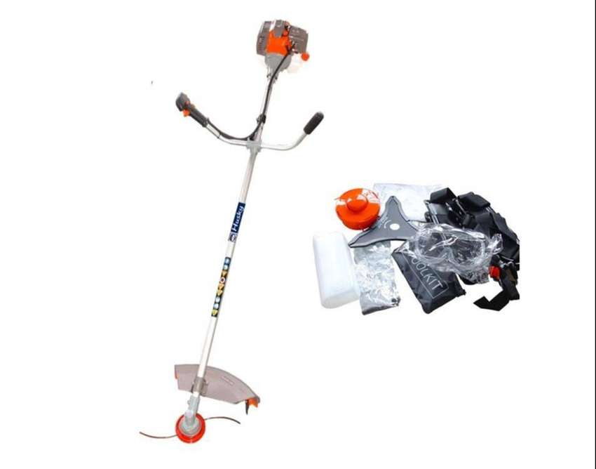 51.7 cc Husky Straight Shaft Brush Cutter 1.75 kW / 6500 rpm / 2 hp wi 0