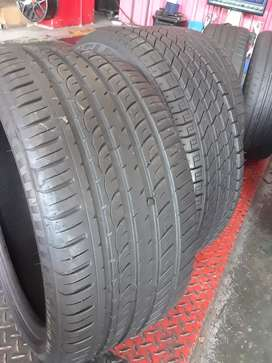 275/35/19 Tyres