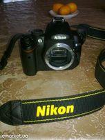 Зеркальная камера NIKON D5000 Body