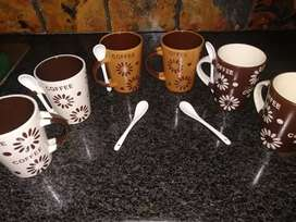 A set of 6 cute coffee mugs with spoons