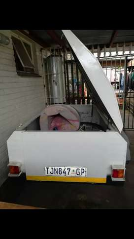 Trailer with Papers in Order License upto date, no Changers R10 000