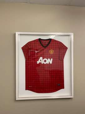 Signed and Framed Man United Shirt