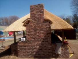 Mr thatching Lapa roofs