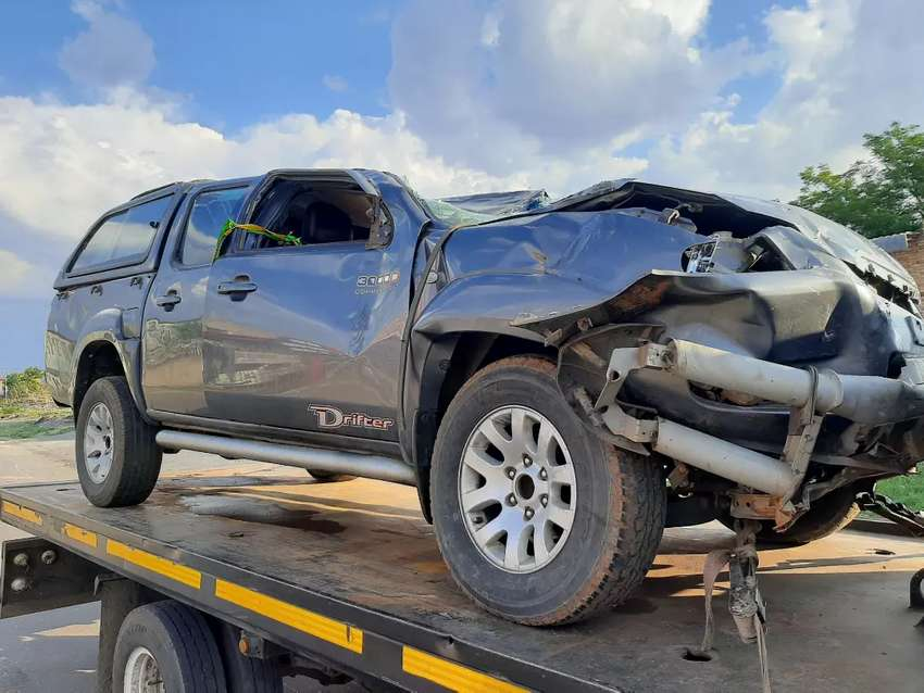 MAZDA DRIFTER BT50 STRIPPING FOR PARTS 0