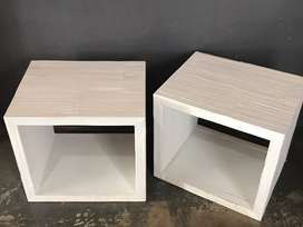 Side table / end table