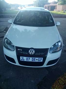GOLF 5 GTI FOR SALE AT VERY LOW PRICE