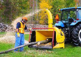 Дробилка дерева на щепу Щепорез Измельчитель веток на трактор (Канада)