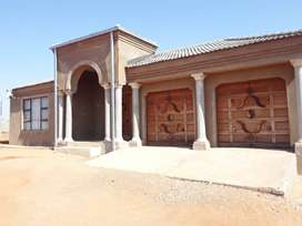 4bed,2bath house in Mankweng