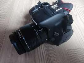Canon EOS 650D, include 18-55mm lens