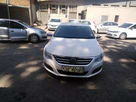 2010 vw cc  2.0 with leather seats