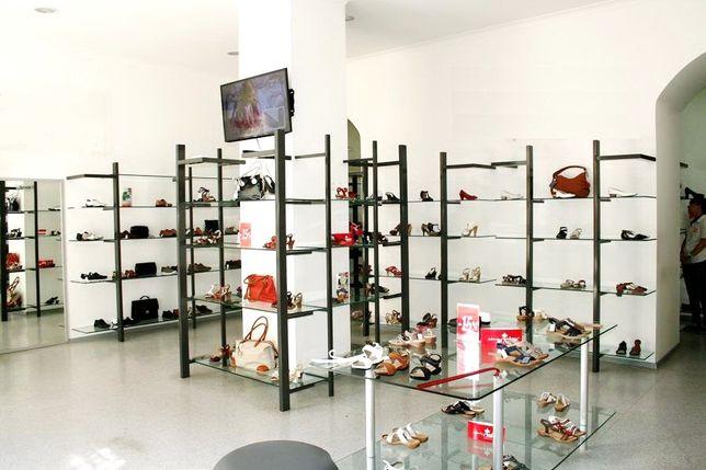 Продам торговое оборудование для магазина обуви или одежды