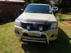 2015 TOYOTA HILUX KING CAB 2.5