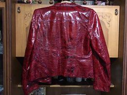Продам жіночий шкіряний піджак