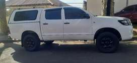 TOYOTA HILUX DOUBLE CAB WITH CANOPY D4D 4X4. CASH OR FINANCE DEAL