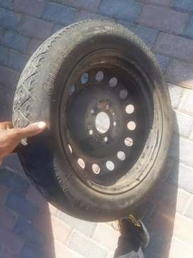 Bmw biscuit spear wheel for sale very good condition