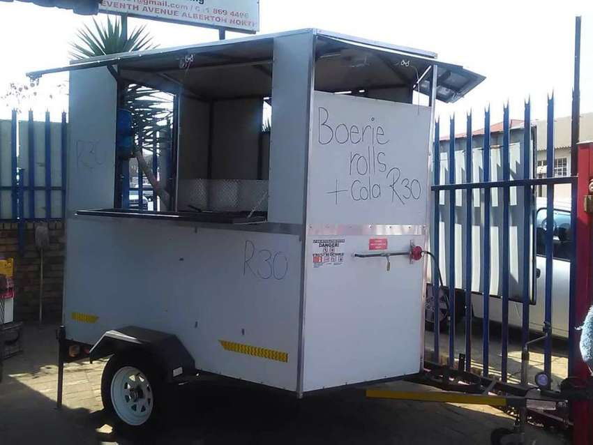 Fully equipped food trailer 0