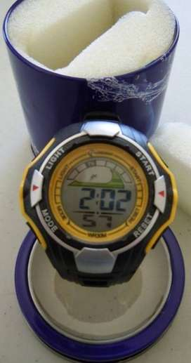 SPORTS WATCH – WATER PROOF