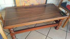 Coffee table for R500