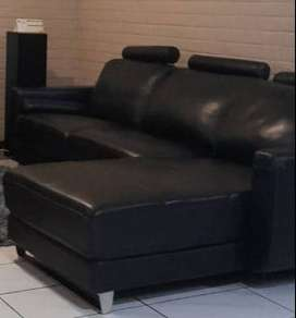 Selling my leather 2 seater and day bed lounge