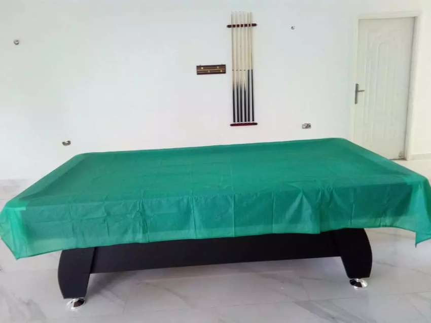 Snooker Board with accessories 8fit 0