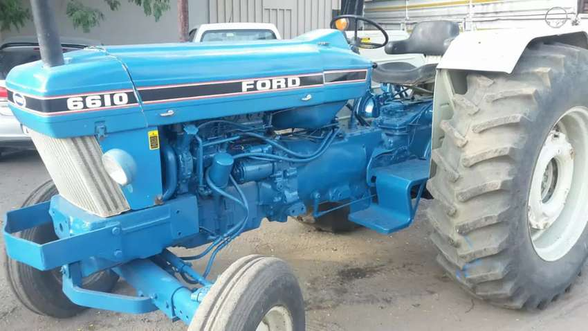 Ford Tractor 0