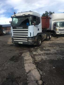 Scania and two side tippers