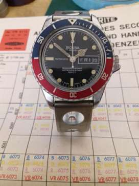 Sicura by Breitling Pepsi Divers watch - 1970s