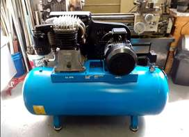 7.5kw 270L 380V used ABAC piston Air Compressor in very good condition