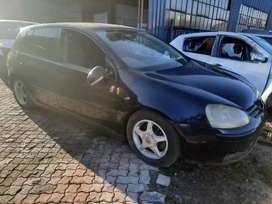 Vw Golf 5 2.0fsi stripping for spares and body accessories