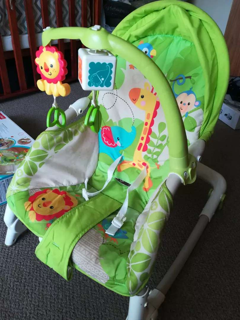 Vibrating baby chair 0