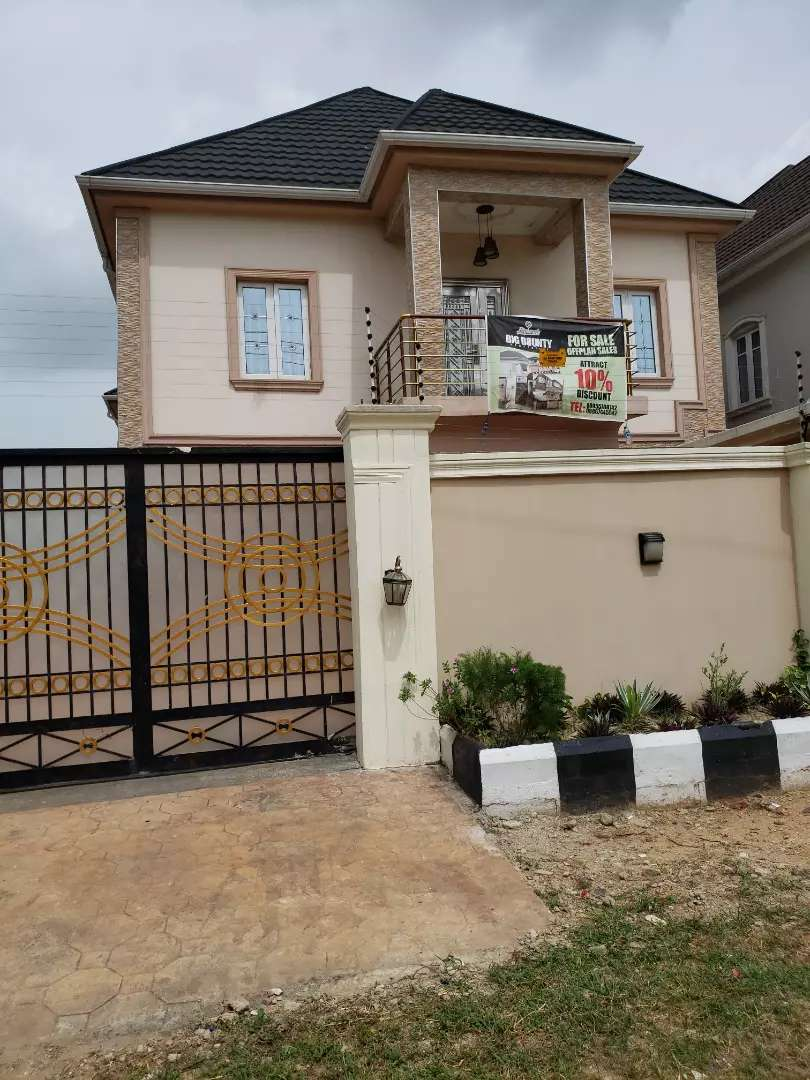 Newly built 5 bedroom duplex at omole phase 2 0