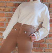 Ciepły biały kremowy ecru krótki sweter z golfem Stradivarius