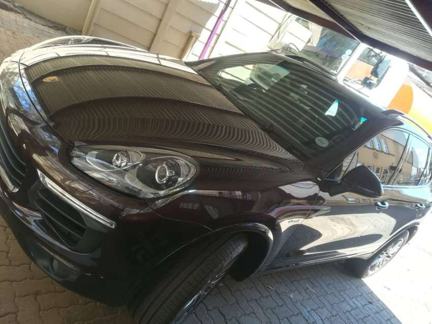 Porche cayenne very good cond for sale 0