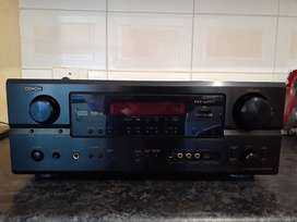 For sale is a Denon AVR-2106 home theater amplifier in very good condi
