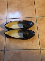 Продам новые туфли лаковые. Только с магазина
