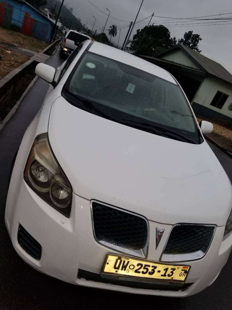 Used but clean and strong Pontiac vibe fr sale 0