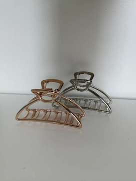Gold and Silver Outline Hair Claw (Lovisa)