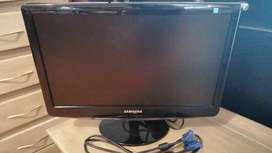 Screen Samsung  for sale 15 inch
